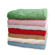 Diamond-Patterned Baby Blanket of Organic Cotton in different colours