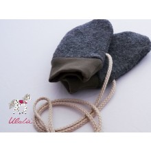 Eco Wool Broadcloth Baby Mittens without thumb, anthracite & plain cuffs olive