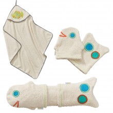 Baby Body Care Gift Set for birth boy: 2 Washing Gloves & Hooded Towel