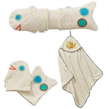 Baby Body Care Gift Set for birth girl: 2 Washing Gloves & Hooded Towel